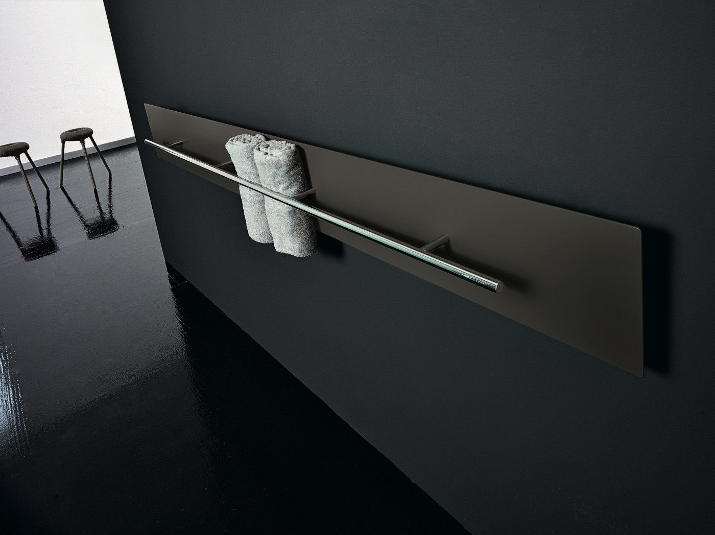 ICONIC • Designer Radiators • Teso Horizontal Towel Rail