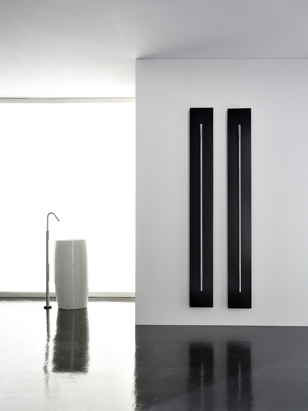 Iconic Designer Radiators Teso Vertical Towel Rail